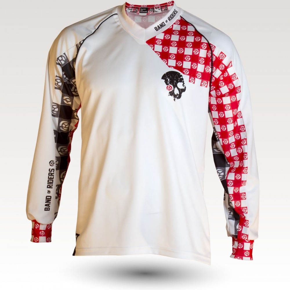 Racing Pig is an Original Mountain Biking Jersey designed by Band of Riders. Long sleeve, technical fabric and most comfortable jersey for enduro and downhill cycling
